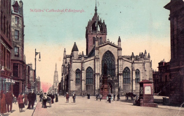Postcard of St. Giles's Church