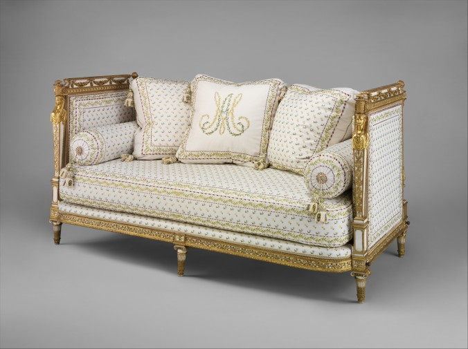 Daybed St Cloud.jpg